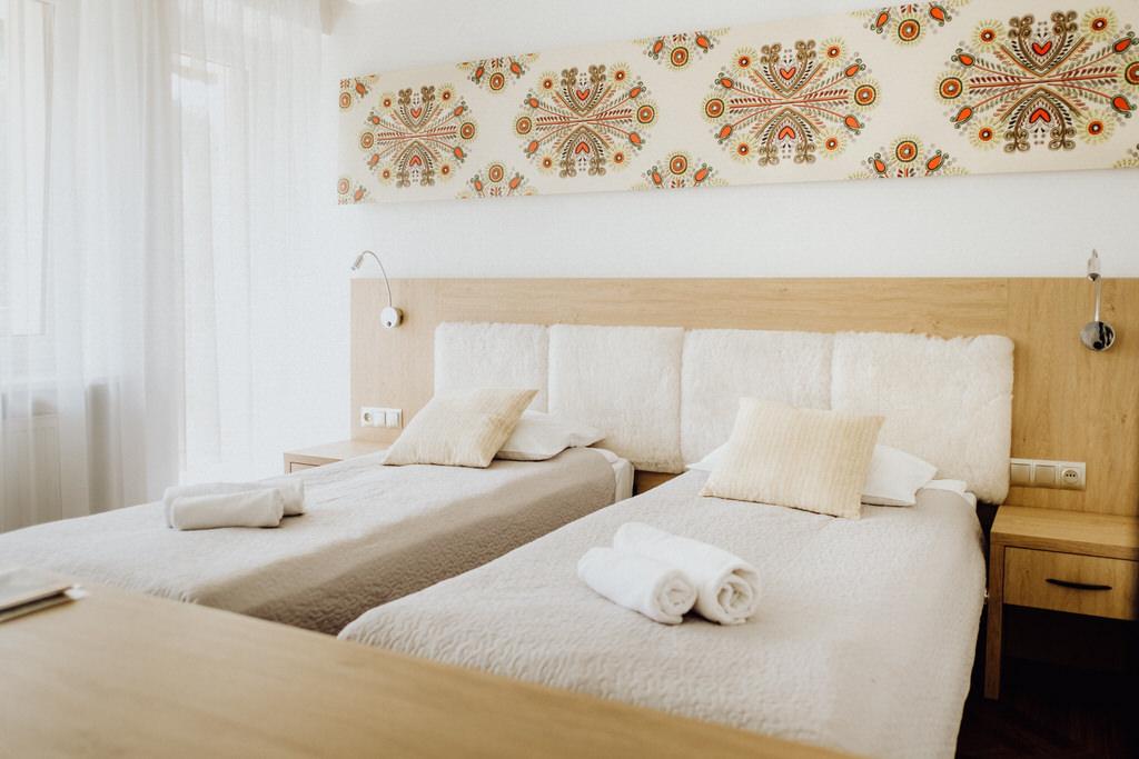 RyterSKI - Pokoje - Hotel w górach - Rytro - Pokoje z widokiem na góry - Góralski Styl -1